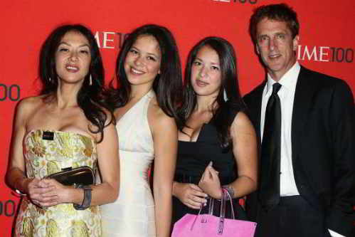 tiger mother amy chua and why chinese mothers are superior essay An exclusive excerpt from amy chua's battle hymn of the tiger mother why chinese mothers are superior the chinese seem to produce children who display.