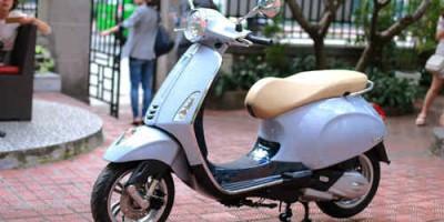 Vespa hàng độc, giá hơn 400 triệu tại Việt Nam