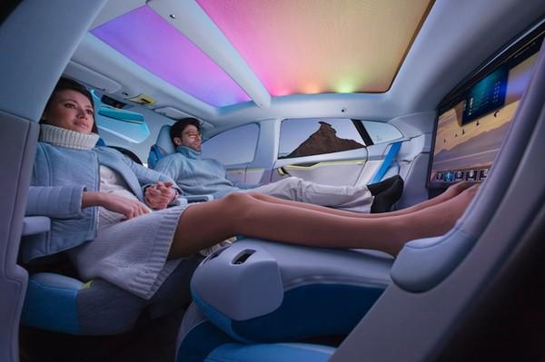 Công nghệ xe hơi tiên tiến sau 10 năm.