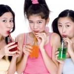 Nước ngọt không đường khiến bạn gái tăng cân