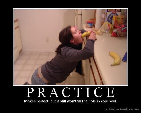 Hình ảnh hài hước: làm việc gì cũng cần phải thực tập.