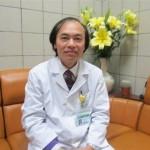 Thói quen dùng thuốc kháng sinh của cha mẹ làm hại gan thận của con