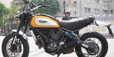 """Ducati Scrambler độ đồ chơi """"hàng hiệu"""" ở Sài Gòn"""