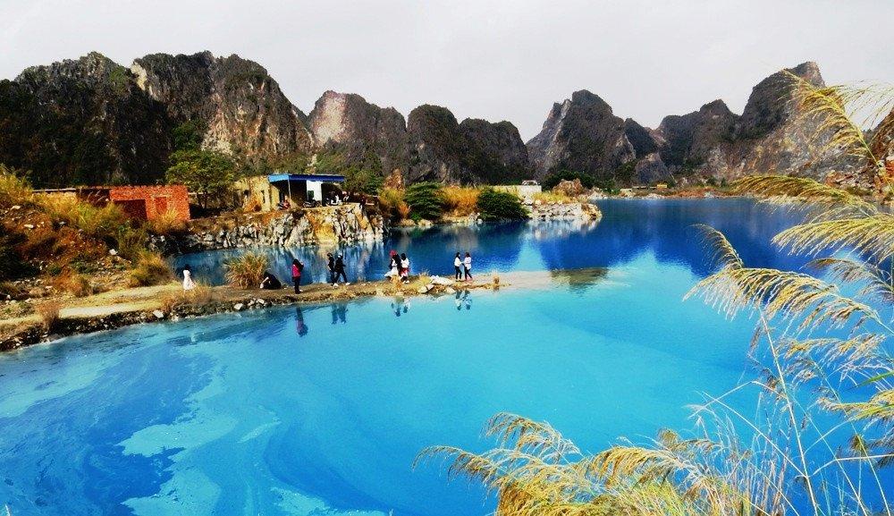 hồ nước xanh ở hải phòng.