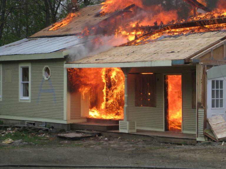 Tình huống nguy hiểm khi cháy.